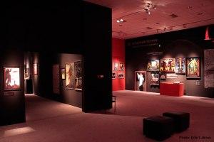 2015.11.05.-Nemzeti-Galéria-El-Kazovszkij-kiállítás-részlete-6.-A-nemek-terme