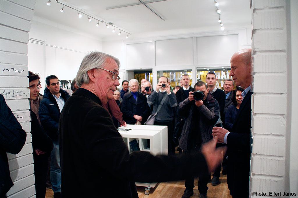 2015.11.30.-Haris-László-kiállításának-megnyitóján
