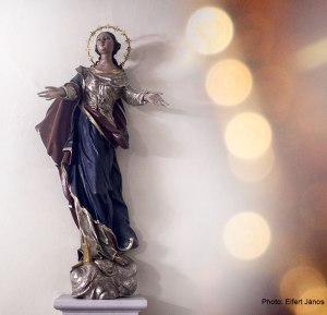 2015.12.20.-Schattendorf-templombelső-szoborral