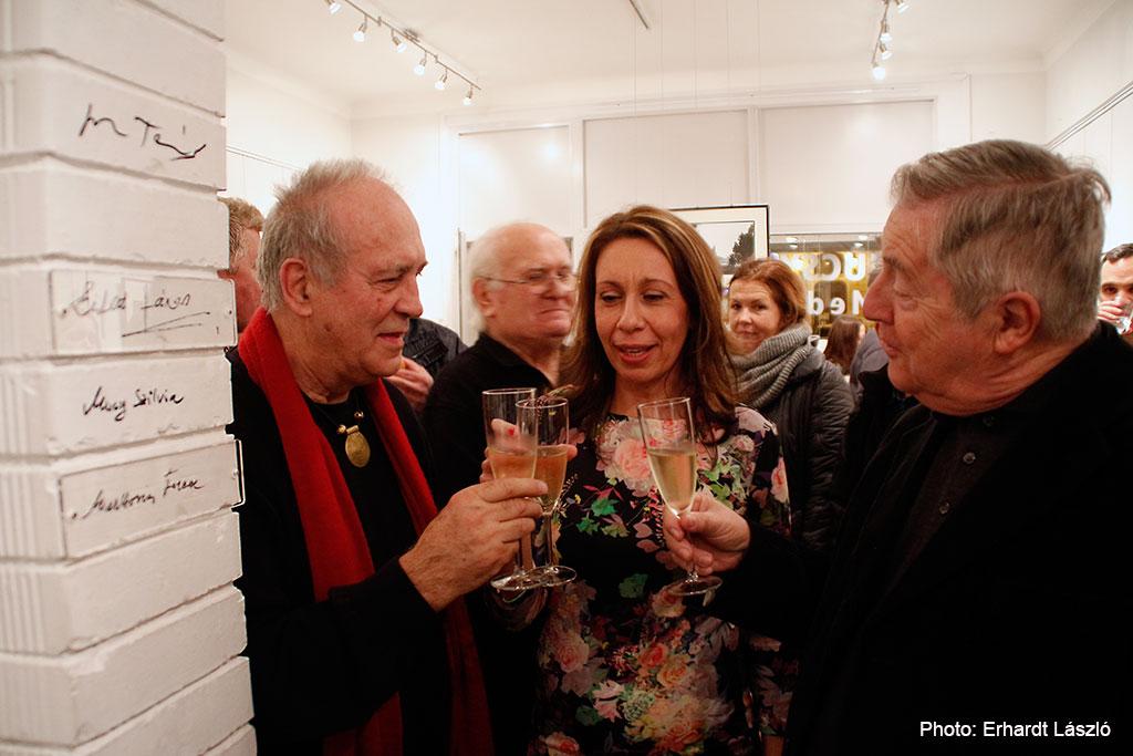 2016.01.18.-Artphoto-Galéria-Eifert-János-Mucsy-Szilvia-Markovics-Ferenc-koccintanak