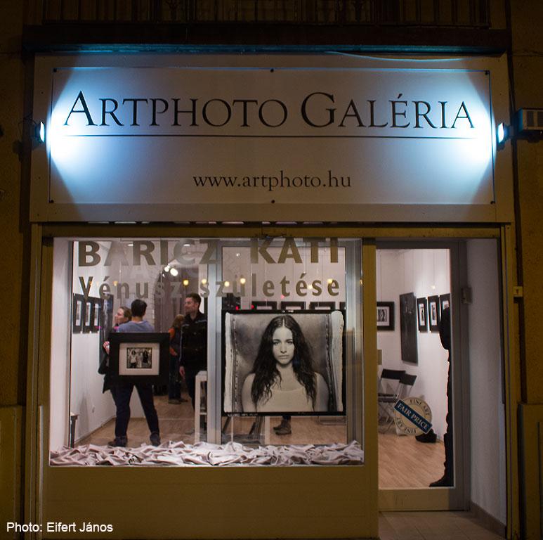2016.02.29.-Artphoto-Galéria-Baricz-Kati-kiállításával