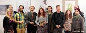 2016.04.22.-Győr-Kipakolás-kiállítás-A-tanári-kar-a-díjazottal