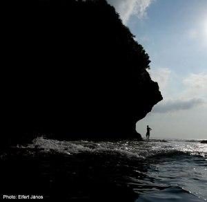 2016.07.03.-Bali-Balangan-Beach-sziklánál