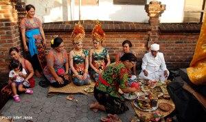 2016.07.15.-Bali-Fogcsiszoló-ceremónia-10