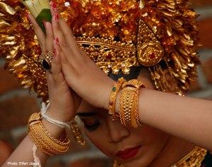 2016.07.15.-Bali-Fogcsiszoló-ceremónia-11