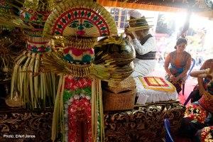 2016.07.15.-Balinéz-esküvő-szertartás-01