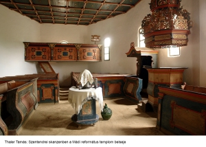 thaler-tamas_szentendre-skanzenban-a-madi-reformatus-templom-belseje
